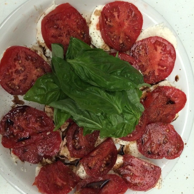 Ripe heirloom tomatoes, mozarella, fresh basil leaves, xtra virgin olive oil, balsamic vinegar  #Hec  #heconelove #homemade #yum #foodporn #natural #nofilter #picoftheday